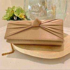 Handbags - 🌸 Clearance 🌸 Gold Satin Clutch